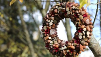 podzimni-venec-podzimni-dekorace-2-352x198.jpg
