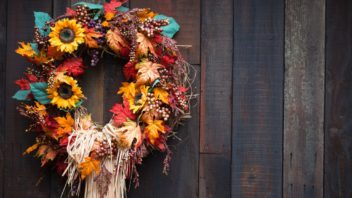 podzimni-venec-podzimni-dekorace-4-352x198.jpg