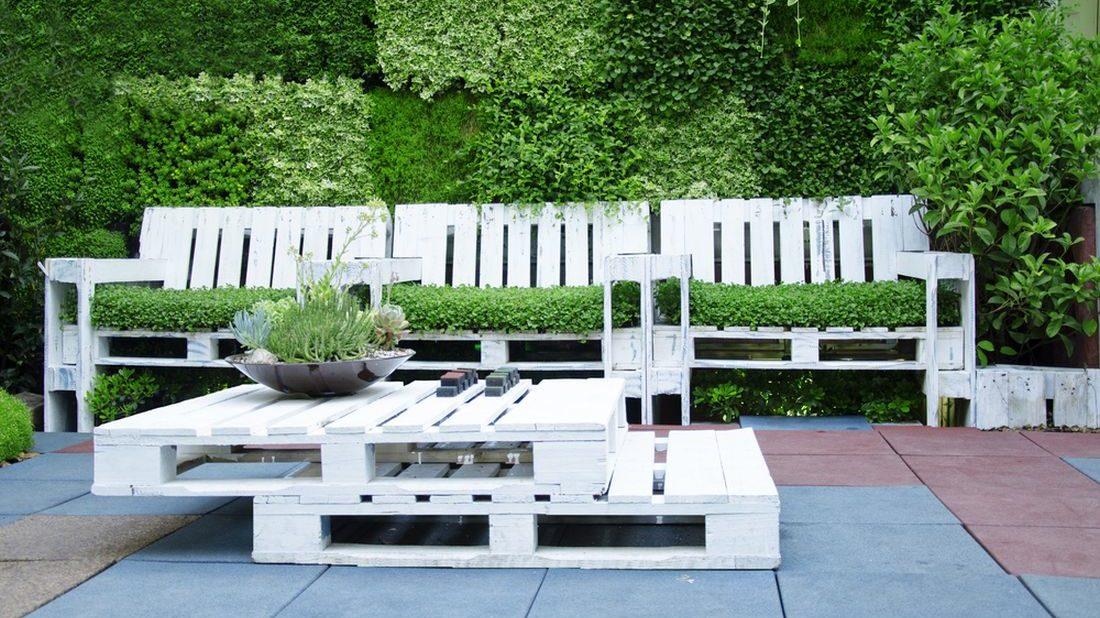 zahradni-nabytek-z-palet-1100x618.jpg