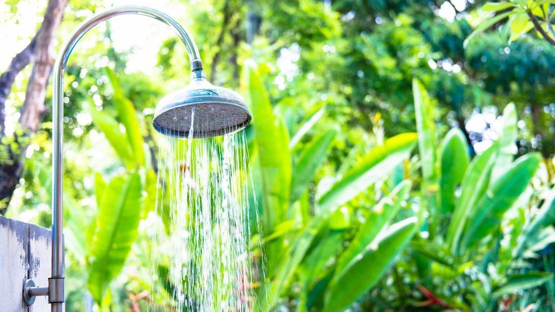 zahradni-sprcha-1100x618.jpg