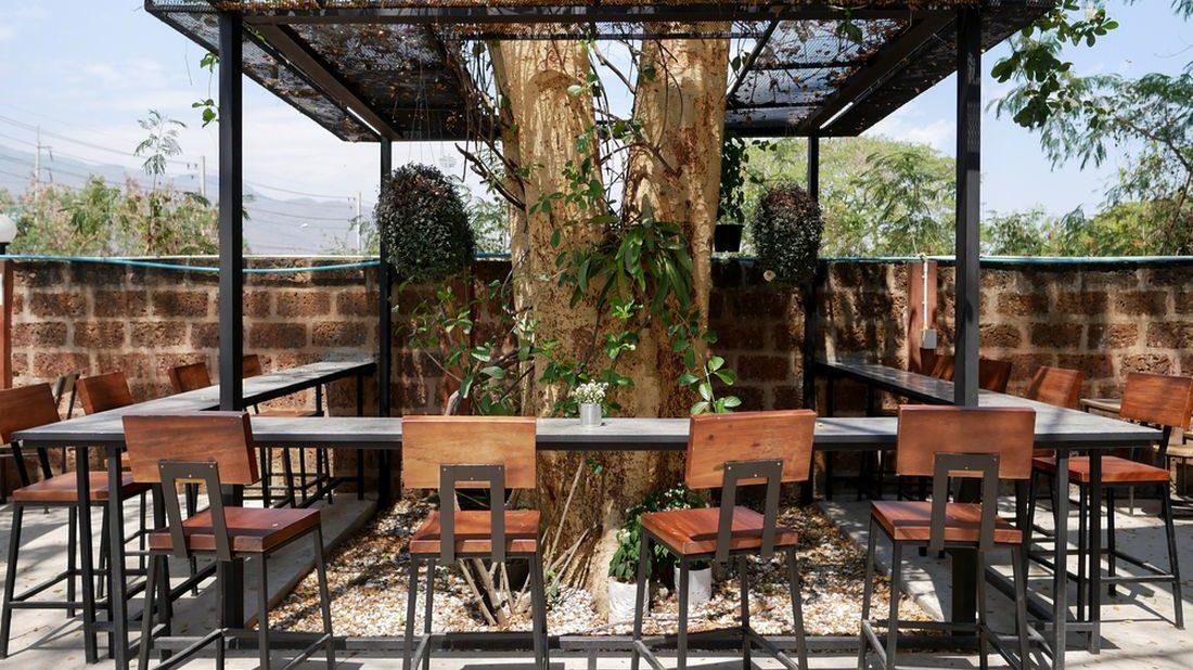 zahradni-bar-1100x618.jpg