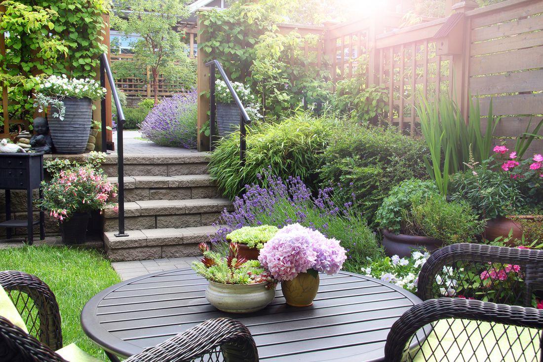 terasa-pokracujici-od-domu-do-zahrady.jpg