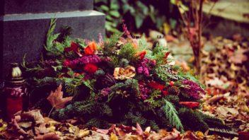 prirodni-lesni-kytice-na-hrob-352x198.jpg