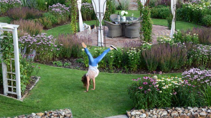 zahrada-je-mistem-setkavani-a-poznavani-zaroven-je-to-dobre-sportoviste.-728x409.jpg