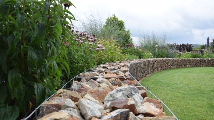 7-kamen-patri-mezi-zaklad-vetsiny-zahrad.-728x409.jpg