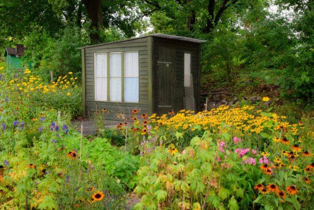 zahradni-domek-614x410.jpg