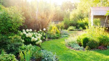 prirodni-zahrada-352x198.jpg
